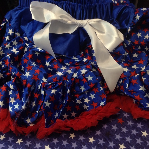 GYMBOREE FOURTH OF JULY RED WHITE /& BLUE BOWS KNIT SKORT 4 5 6 8 NWT